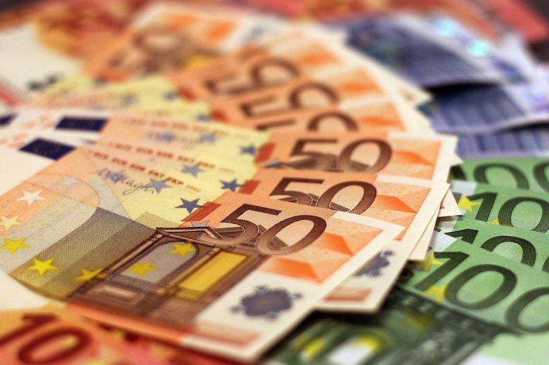 Euro-Geldscheine aufgefächert